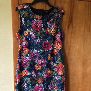 Women's Flowered Lace dress
